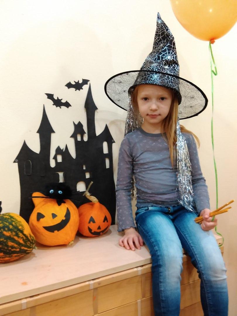 Картинки на хэллоуин для детей 12 лет